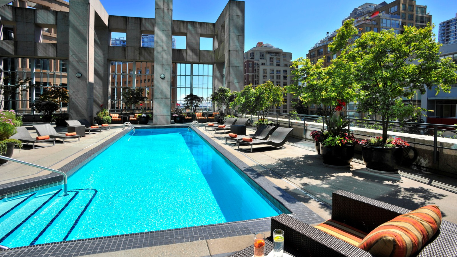 Westin Grand Vancouver Outdoor Pool Going To The Chapel